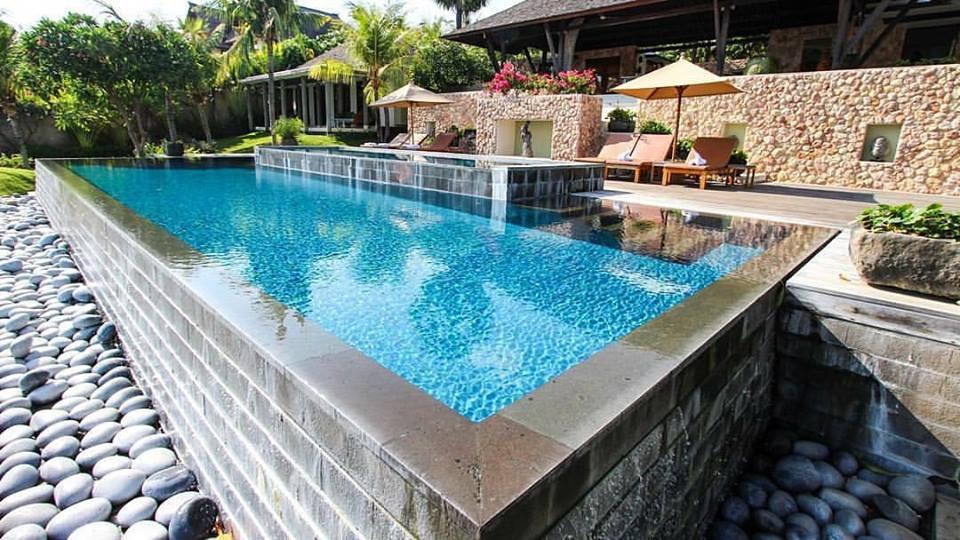 Villa Bukit Segara Amed, Penginapan Mewah dengan Pemandangan Pantai Indah di Depan Mata