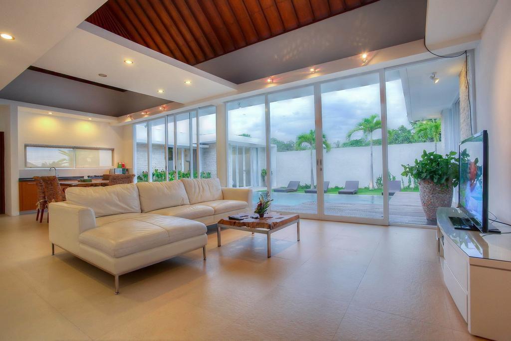 Villa Umah Putih Canggu 2 1024x683 » Villa Umah Putih Canggu, Penginapan Trendi yang Cocok untuk Liburan Keluarga