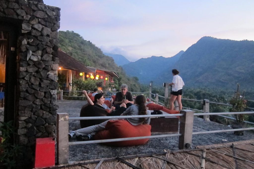 Waeni's Sunset View Hotel Karangasem 3 1024x682 » Waeni's Sunset View Hotel Karangasem, Penginapan Tepi Pantai yang Romantis dengan Panorama Gunung Agung