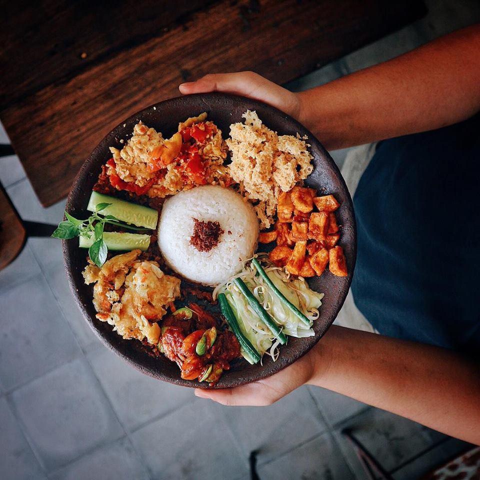 Warung Ipang Bali 2 » Warung Ipang Bali yang Menghadirkan Kuliner Spesialis Iga dengan Sentuhan Nusantara
