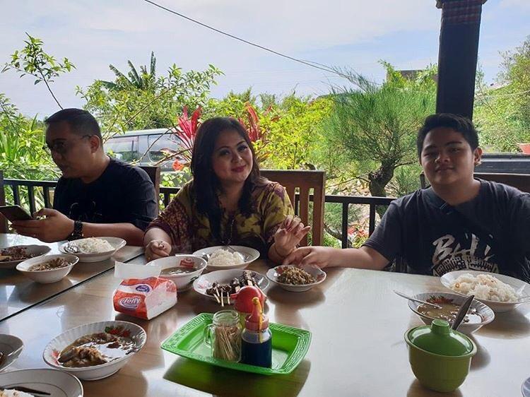 Warung Makan Mang Raka Gianyar