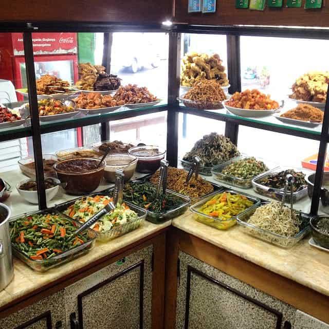 Warung Makan Nikmat Kuta 1 » Warung Makan Nikmat Kuta, Pilihan Kuliner Halal yang Murah di Bali