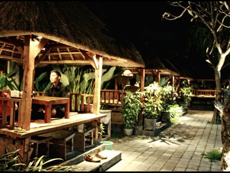 Warung Mina Peguyangan Denpasar 2 » Warung Mina Peguyangan Denpasar, Menikmati Menu Ikan Segar dengan Suasana Pedesaan