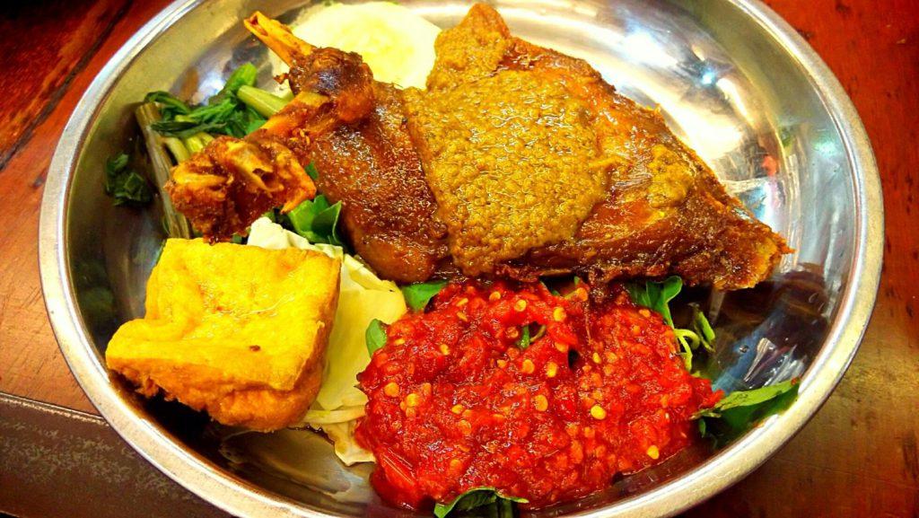 Warung Nasi Bebek Bu Rima Kuta 1 1024x577 » Warung Nasi Bebek Bu Rima Kuta Pilihan Kuliner Halal Enak di Bali
