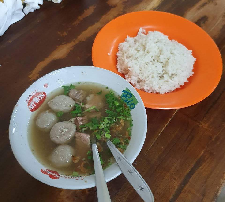 Warung Soto Sapi Nyoman Kuta