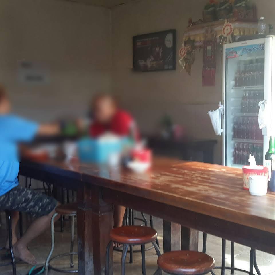 Warung Soto Sapi Nyoman Kuta 2 » Warung Soto Sapi Nyoman Kuta, Kuliner Bakso Soto Khas Bali yang Legendaris dan Diburu Pencintanya