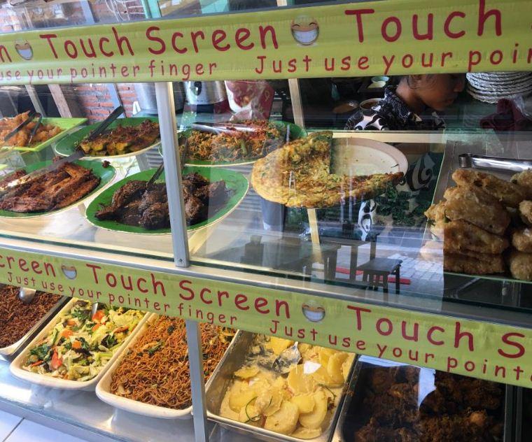 Warung Stop Makan Yuk Uluwatu 1 » Warung Stop Makan Yuk Uluwatu, Pilihan Tempat Makan Murah saat Liburan ke Bali