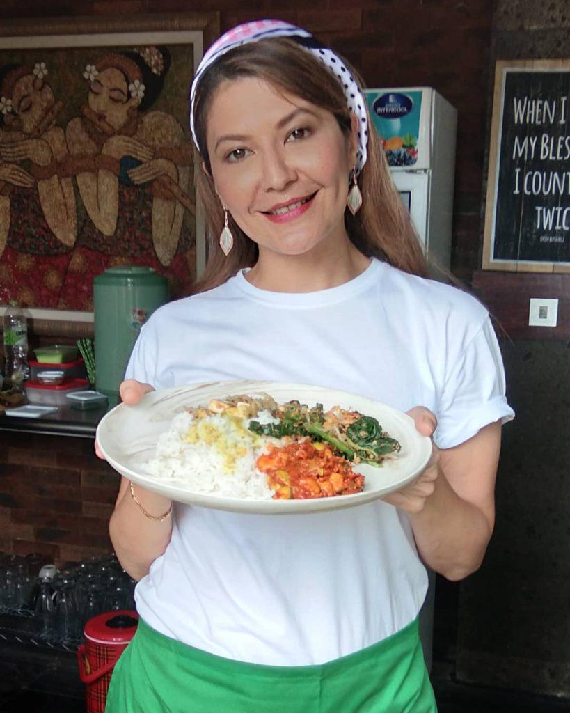 Warung Teh Manis Tamara Bleszynski