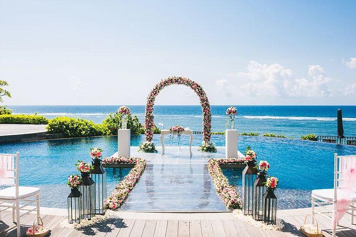 Wedding di Ulu Segara Luxury Suites 2 » Wedding di Ulu Segara Luxury Suites, Paket Pernikahan Mewah dengan Latar Laut dan Kolam Renang Indah