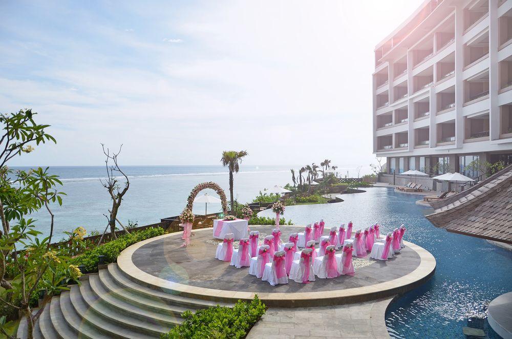 Wedding di Ulu Segara Luxury Suites, Paket Pernikahan Mewah dengan Latar Laut dan Kolam Renang Indah