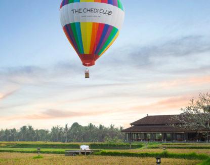 Wisata Naik Balon Udara di Bali