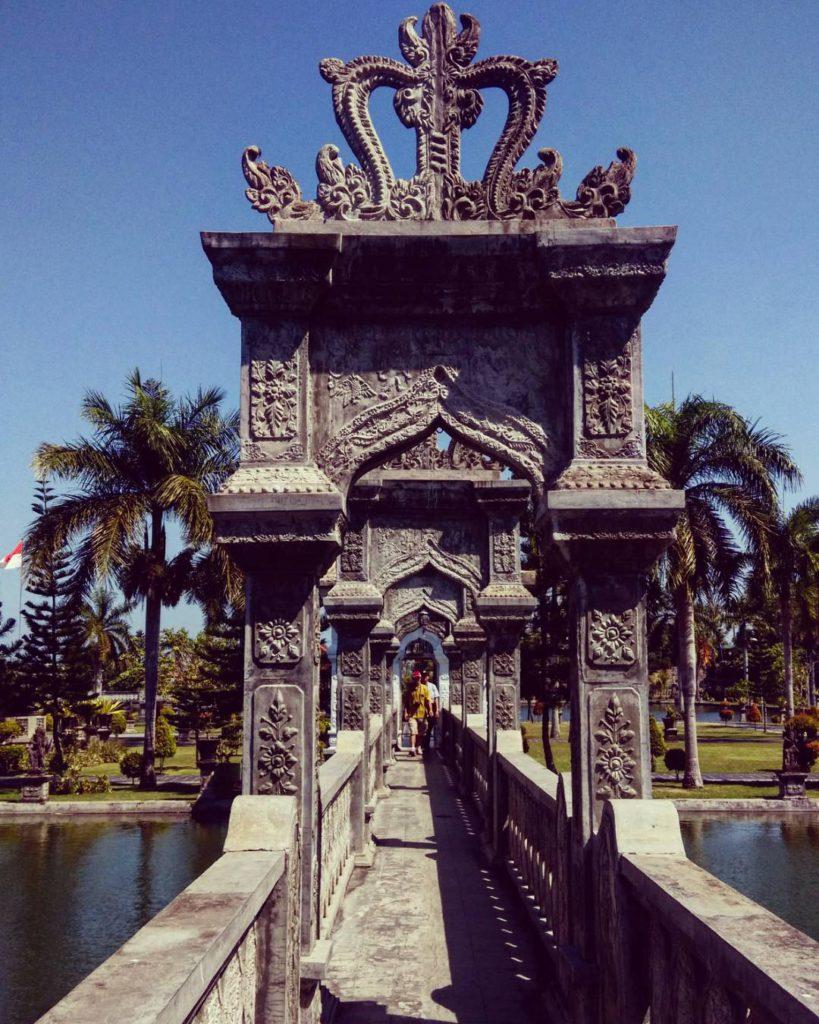 Wisata Taman Air Cantik dan Eksotis di Bali