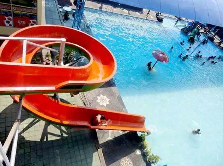 Wisata Tirta Srinadi Klungkung, Bisa Bermain Air Sampai Puas dengan Tarif Murah di Sini!