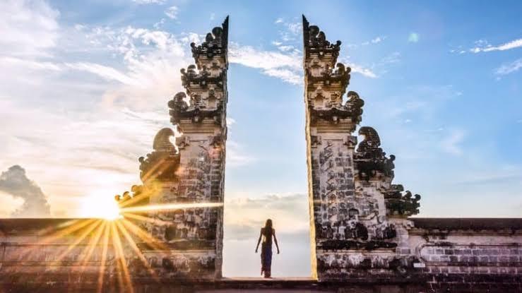 Rekomendasi 5 Penginapan Terbaik Dekat dengan Pura Luhur Lempuyang Karangasem