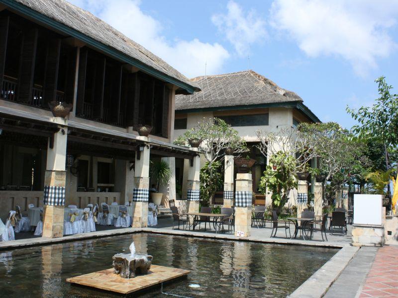 jendela bali panoramic restaurant 3 » Jendela Bali Panoramic Restaurant - Kuliner dengan Suguhan Pemandangan Sunset GWK yang Memesona