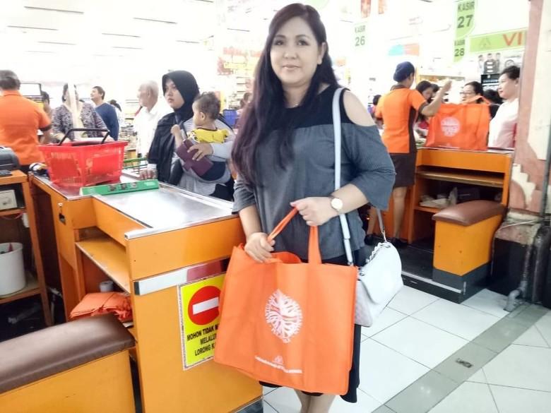 larangan tas kresek di Bali 1 » Larangan Pemakaian Tas Kresek di Denpasar, Wujud Rasa Cinta Lingkungan Warga   Bali