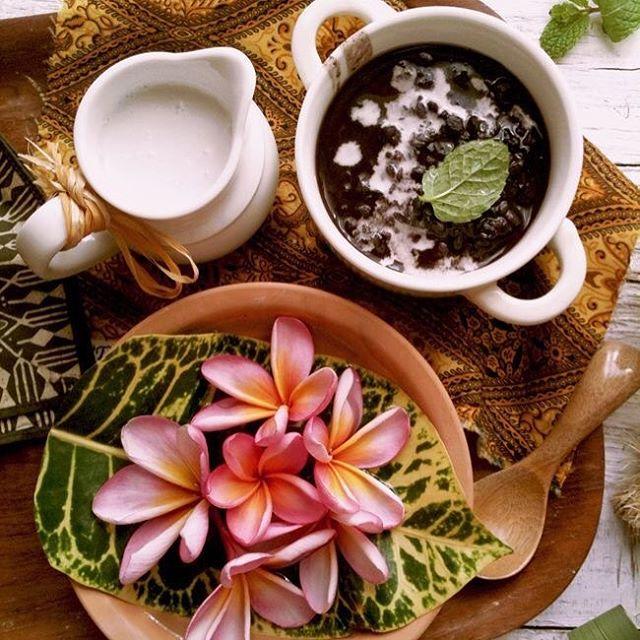 makanan khas bali 2 » 10 Kuliner khas Bali yang Wajib untuk Kamu Cicipi saat Melancong ke Pulau Dewata