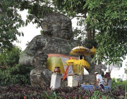 patung misterius di Bali