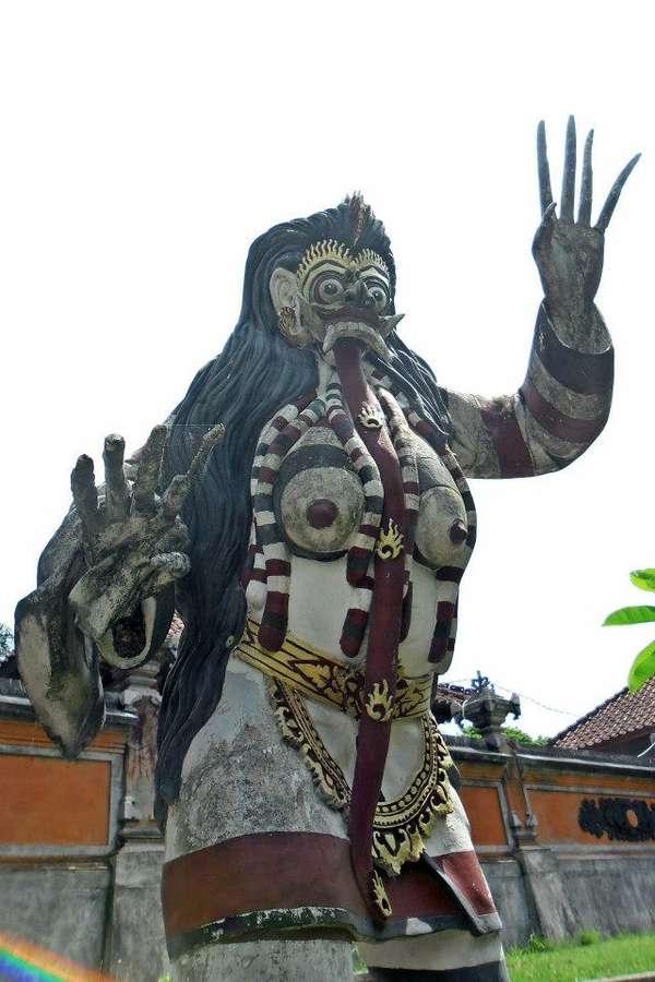 Ini Patung Misterius yang Pernah Dibuat Di Bali, Berani Berkunjung ...