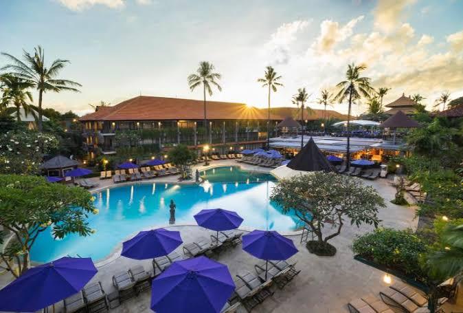 Mencari Penginapan Nyaman dan Mewah di Bali, Pilih Hotel atau Resort?