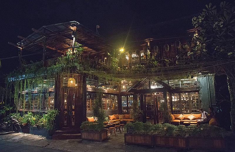 Restoran Tusu Canggu, Tempat Makan dengan Suasana yang Cozy dan Menyenangkan