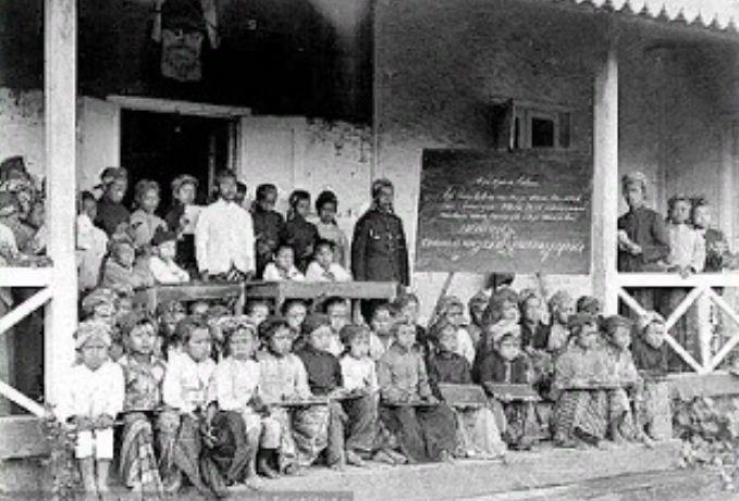 sekolah di masa lalu » Sekolah Tertua di Bali Ternyata Ada di Singaraja, Ini Kondisinya Sekarang