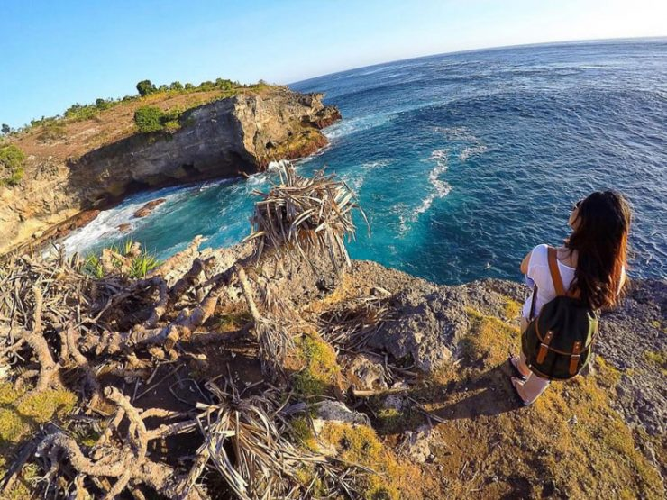 smoke beach nusa penida