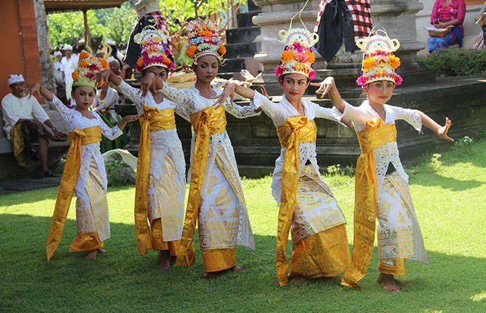 tari tradisional bali 2 » Tarian Khas Bali yang Telah Disahkan UNESCO, Wajib Ditonton Ketika Libur Ke Bali
