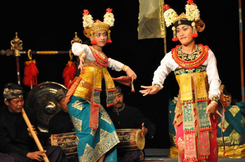 tari tradisional bali 3 1024x680 » Tarian Khas Bali yang Telah Disahkan UNESCO, Wajib Ditonton Ketika Libur Ke Bali