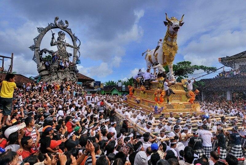 upacara ngaben 2 » Upacara Ngaben, Ritual Mengantar Kepergian Jenazah dari Bali