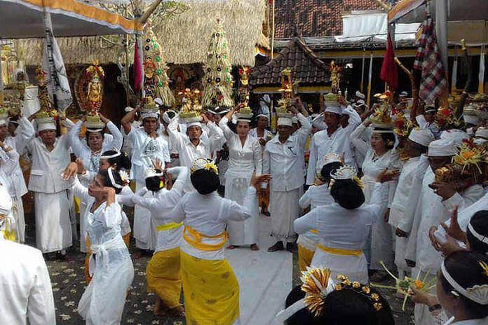 upacara penganyar 1 » Informasi Seputar Upacara Penganyar yang Ada di Bali
