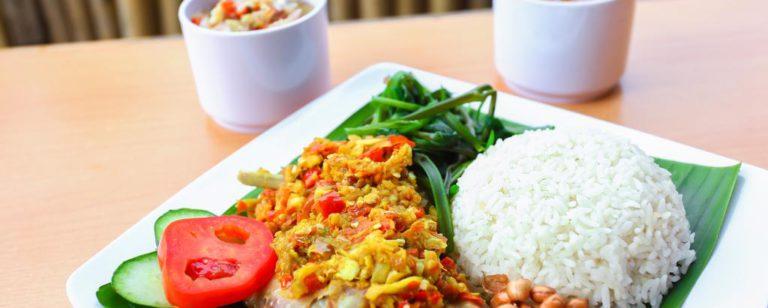 wisata kuliner ayam betutu 768x308 » Wajib Coba! Rekomendasi Tempat Wisata Kuliner Ayam Betutu Halal di Bali